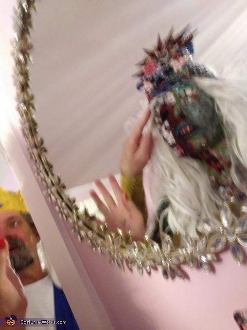 Paparazzi Takes Photo of Zobie Mermaid in Mirror, Zombie Mermaid Bride Costume