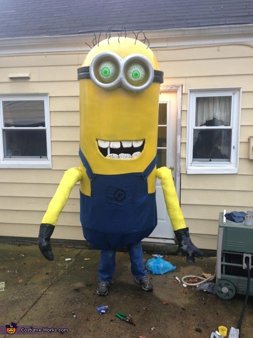 Over 9.5' tall!, Zombie Minions Costume