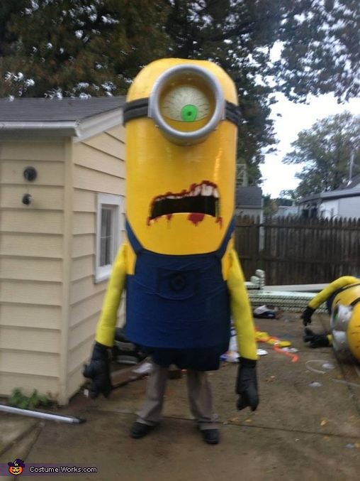 Over 10' tall!, Zombie Minions Costume