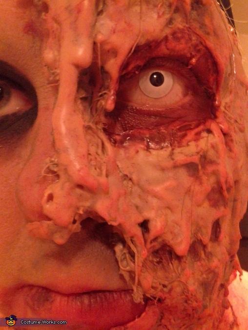 Zombie Mom Costume