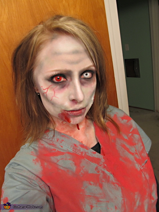 Zombie Nurse - Homemade costumes for women