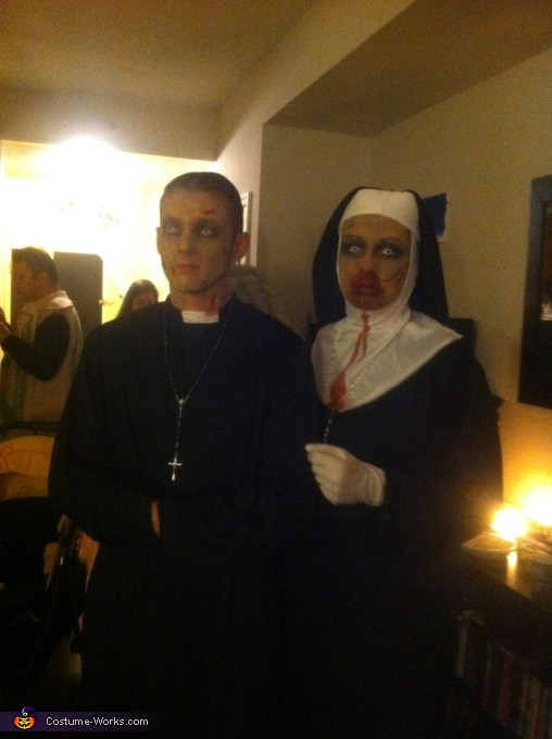 Zombie Priest and Nun Couple Costume