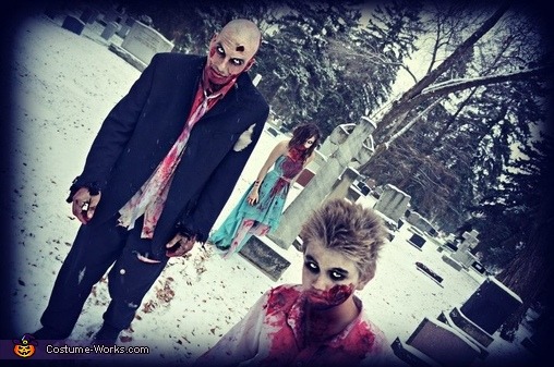 Zombie Wedding March, Zombie Wedding Family Costume