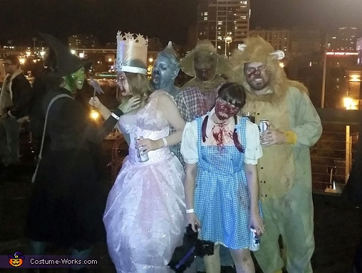 Whole Group, Zombie Wizard of Oz Costume
