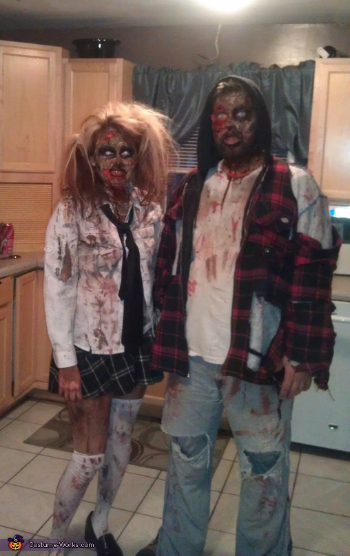 Zombies - Homemade costumes for couples