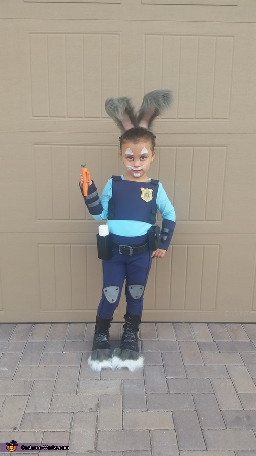 Officer Judy Hopps (front view), Zootopia Costume