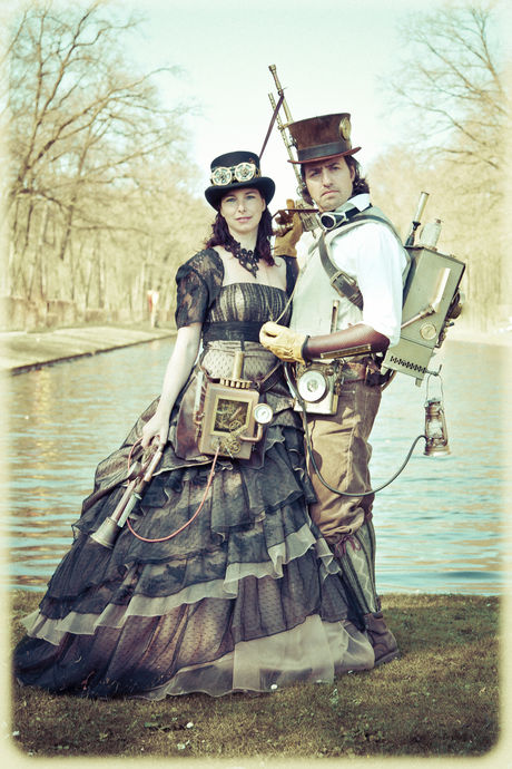 Steampunk Couple from Elf Fantasy Fair 2013