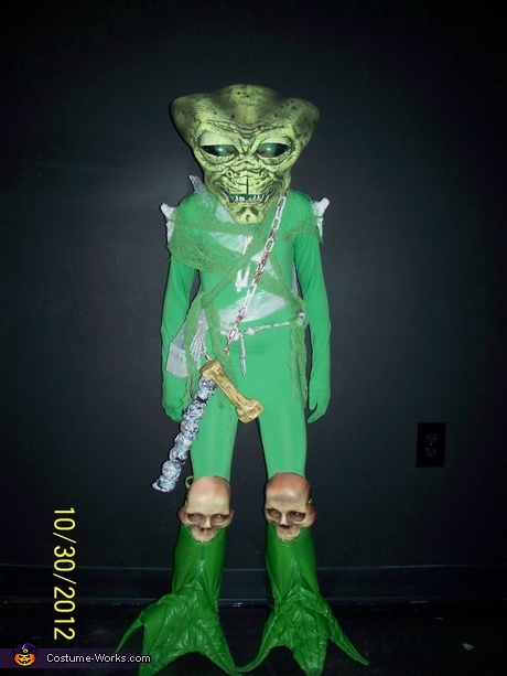 Alien Bone Collector Costume