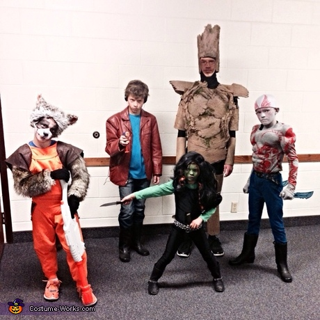 Movie Halloween costume ideas: Gaurdians of the Galaxy Family Costume