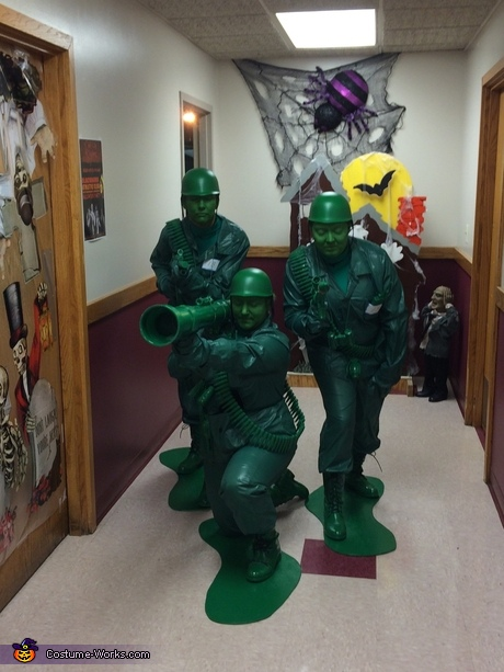 Green Toy Army Men Group Costume