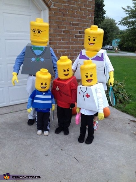 family halloween costume ideas lego family costume