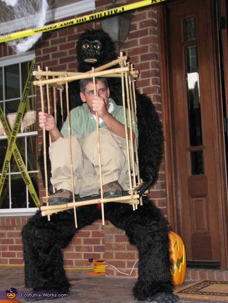 65 coolest diy illusion costumes diy illusion costume ideas man in a cage costume solutioingenieria Image collections