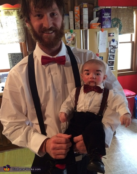 Parent and baby Halloween costumes - Ventriloquists and Dummy Family Costume