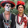 Photo #2 - Frida and the skeleton
