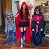Photo #4 - Mother and sons, red riding hood, emperor of evil, howling at the moon