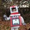 Photo #4 - Robot