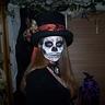 Photo #2 - Skull Girl