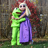 Photo #3 - Miss Piggy & Kermit get into character