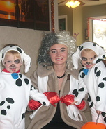Cruella Deville and her Dalmatian Pups Costume
