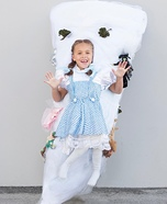 "A ""Twist"" on The Wizard of Oz Homemade Costume"