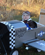 DIY baby costume ideas: Baby Fighter Pilot Costume