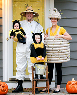 Fun family Halloween costume ideas - Beehive and Beekeeper Homemade Costume