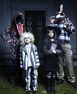 Fun family Halloween costume ideas - Beetlejuice Family Costume
