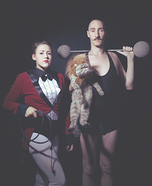 Costume ideas for pets and their owners: Themed Family Circus Portrait