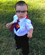Cutest Halloween costumes for babies - DIY Clark Kent Costume