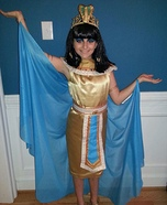 Halloween costume ideas for girls: Cleopatra Homemade Costume