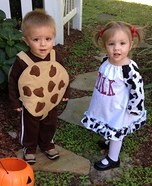 DIY baby costume ideas: Cookies and Milk Baby Costume