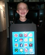 Cracked iPhone 7 Homemade Costume