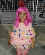 DIY Cupcake Girl's Costume