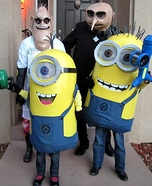 Family costume ideas - Coolest Despicable Me Family Costume
