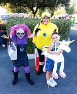 Fun family Halloween costume ideas - Despicable Me 2 Family Costume