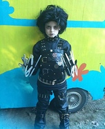 Homemade Edward Scissorhands Costume for a Boy
