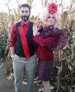 Coolest couples Halloween costumes - Effie Trinket and Seneca Crane Costume