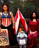 Family costume ideas - Family Freak Show