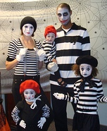 Family costume ideas - Family of Mimes