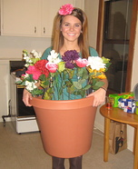 Creative DIY Costume Ideas for Women - Flower Pot Costume