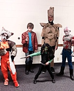 Fun family Halloween costume ideas - Gaurdians of the Galaxy Family Costume