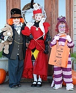 DIY Alice in Wonderland Character Costumes