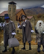 Hitchhiking Ghosts Group Costume