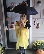 Halloween costume ideas for girls: It's Raining Cats and Dogs Homemade Costume