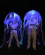 Coolest couples Halloween costumes - Glowing Jellyfish Costumes