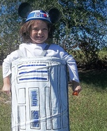 DIY R2-D2 Halloween Costume