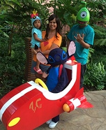 Fun family Halloween costume ideas - Lilo and Stitch Family Costume