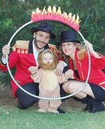Family costume ideas - Lion Tamer Family Costume