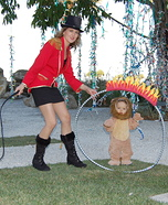 Parent and baby costume ideas - Lion Tamer Family Costume