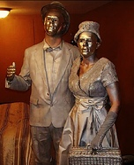 Couples Halloween costume idea: Living Statues